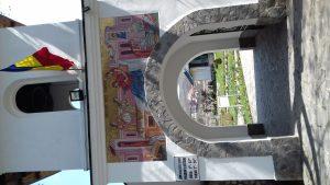 Poarta manastirii Ostrov